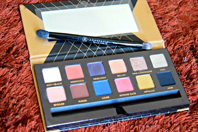 Anastasia Beverly Hills Shadow Couture World Traveller Palette