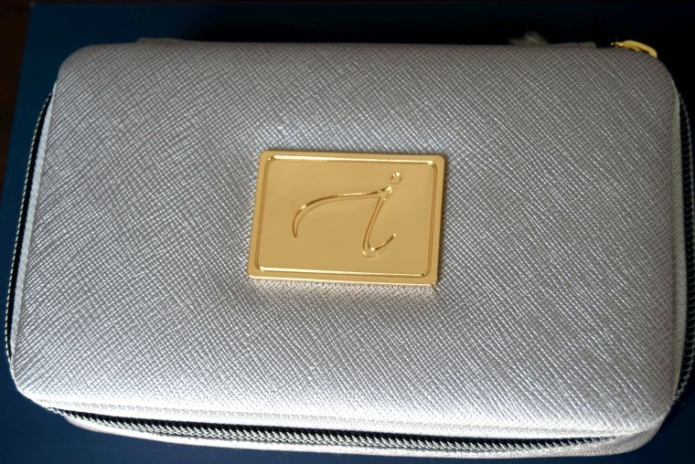 Jane Iredale Makeup pouch