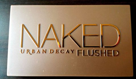 URBAN DECAY NAKED FLUSHED IN STREAK